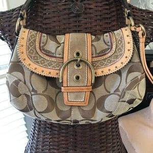 COACH #G063-10484 Tan Suede & Tapestry